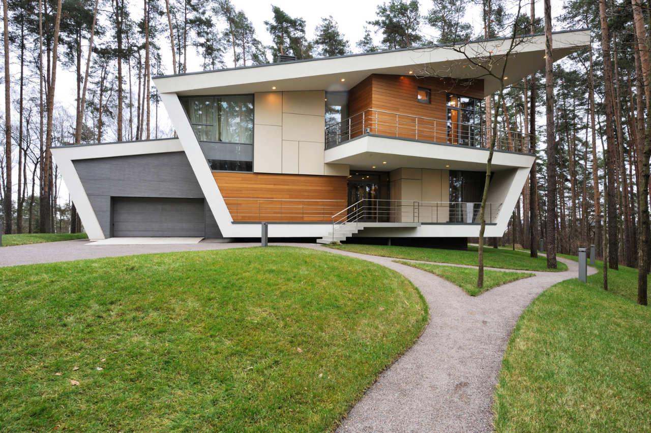 House-in-Gorki-00