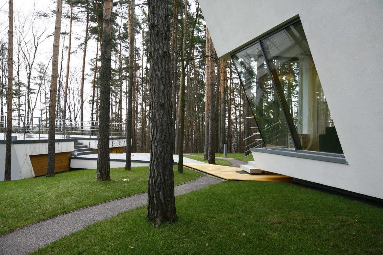 House-in-Gorki-07