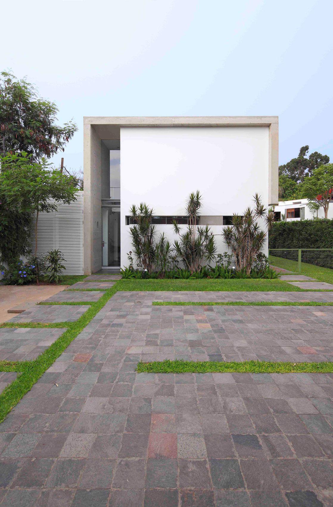House-in-La-Planicie-03