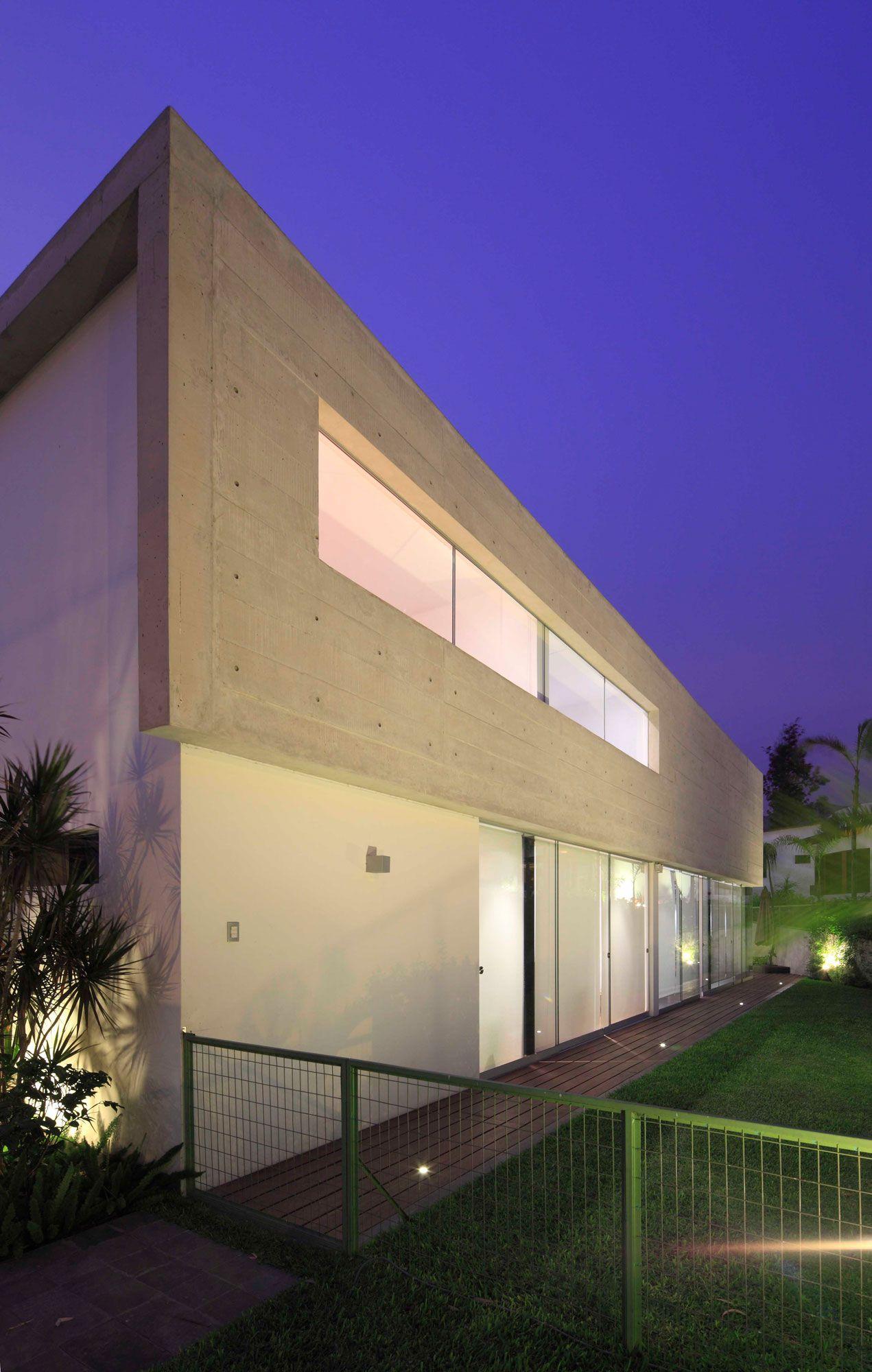 House-in-La-Planicie-07