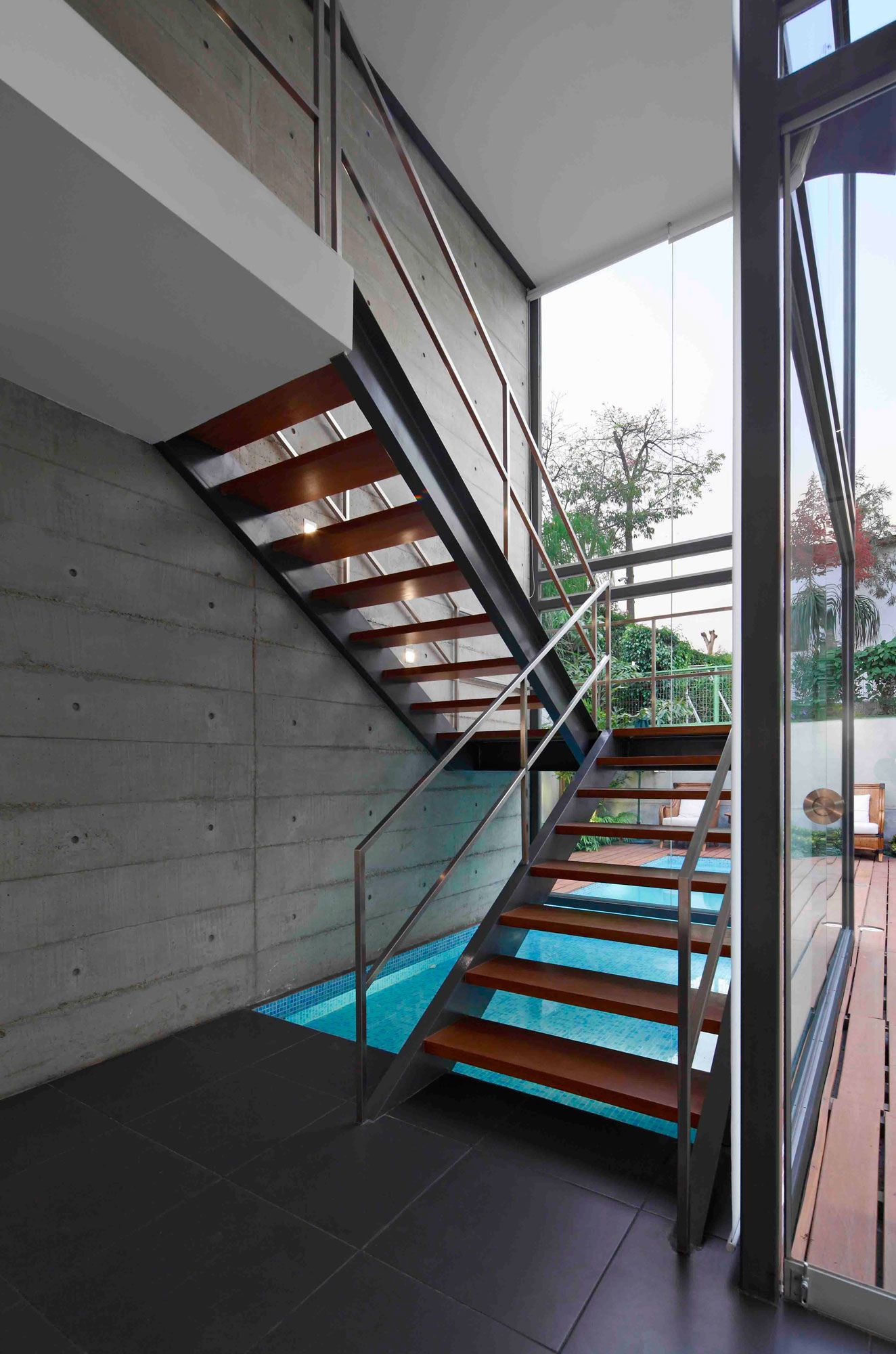 House-in-La-Planicie-11