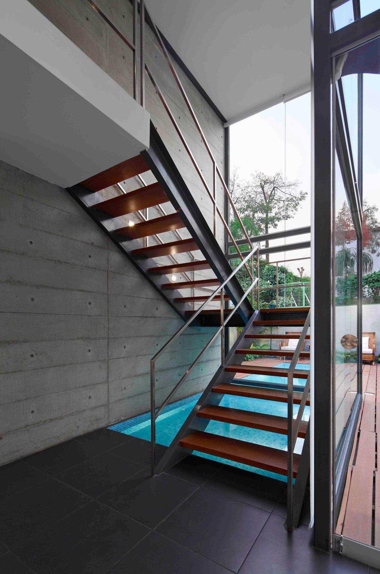 House-in-La-Planicie-11