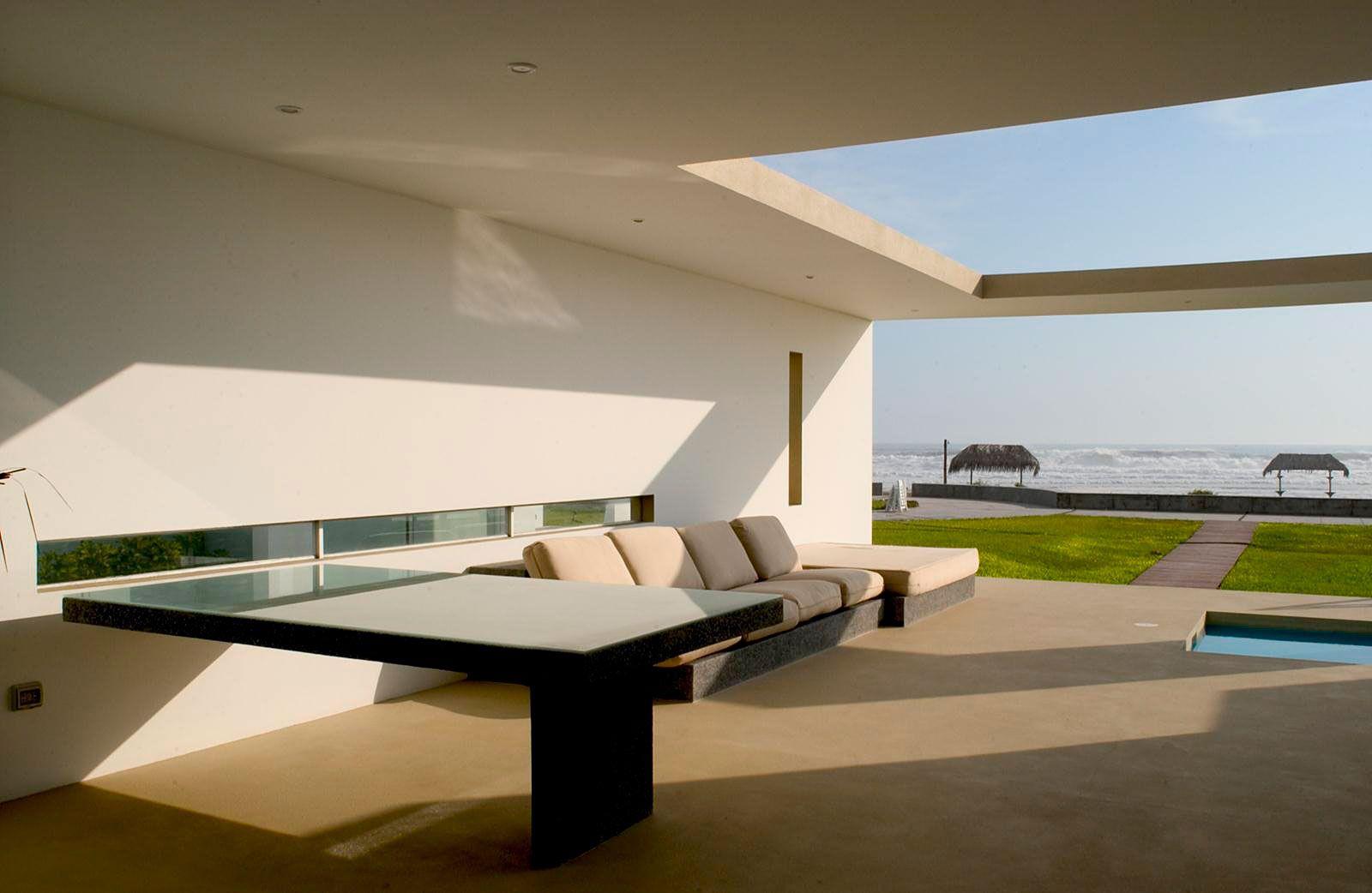 House-in-Las-Arenas-06-3