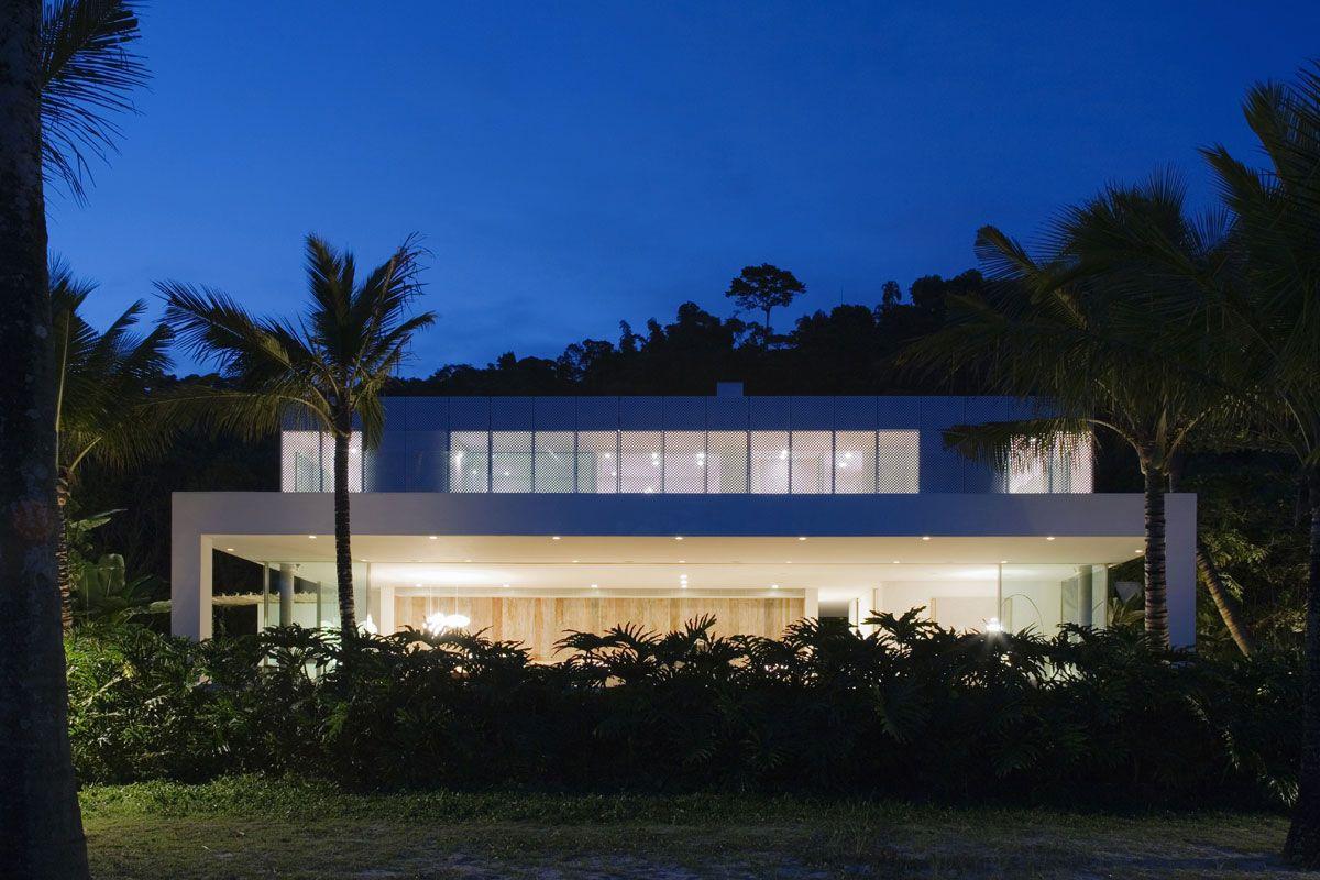Iporanga-House-00-1