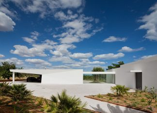 House in Tavira by Vitor Vilhena Architects