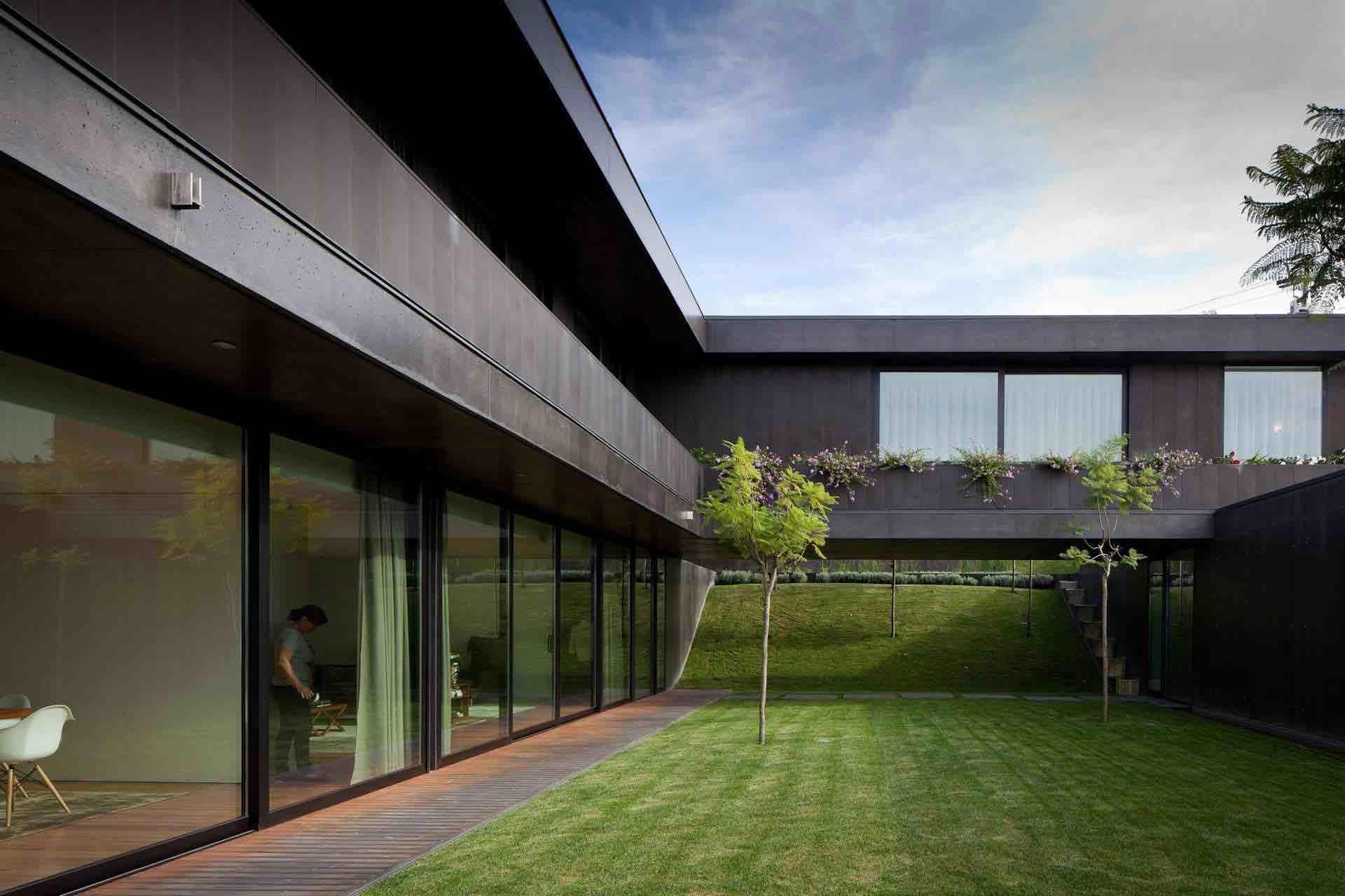 L23-House-03
