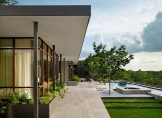 Lake View Residence by Alterstudio Architecture