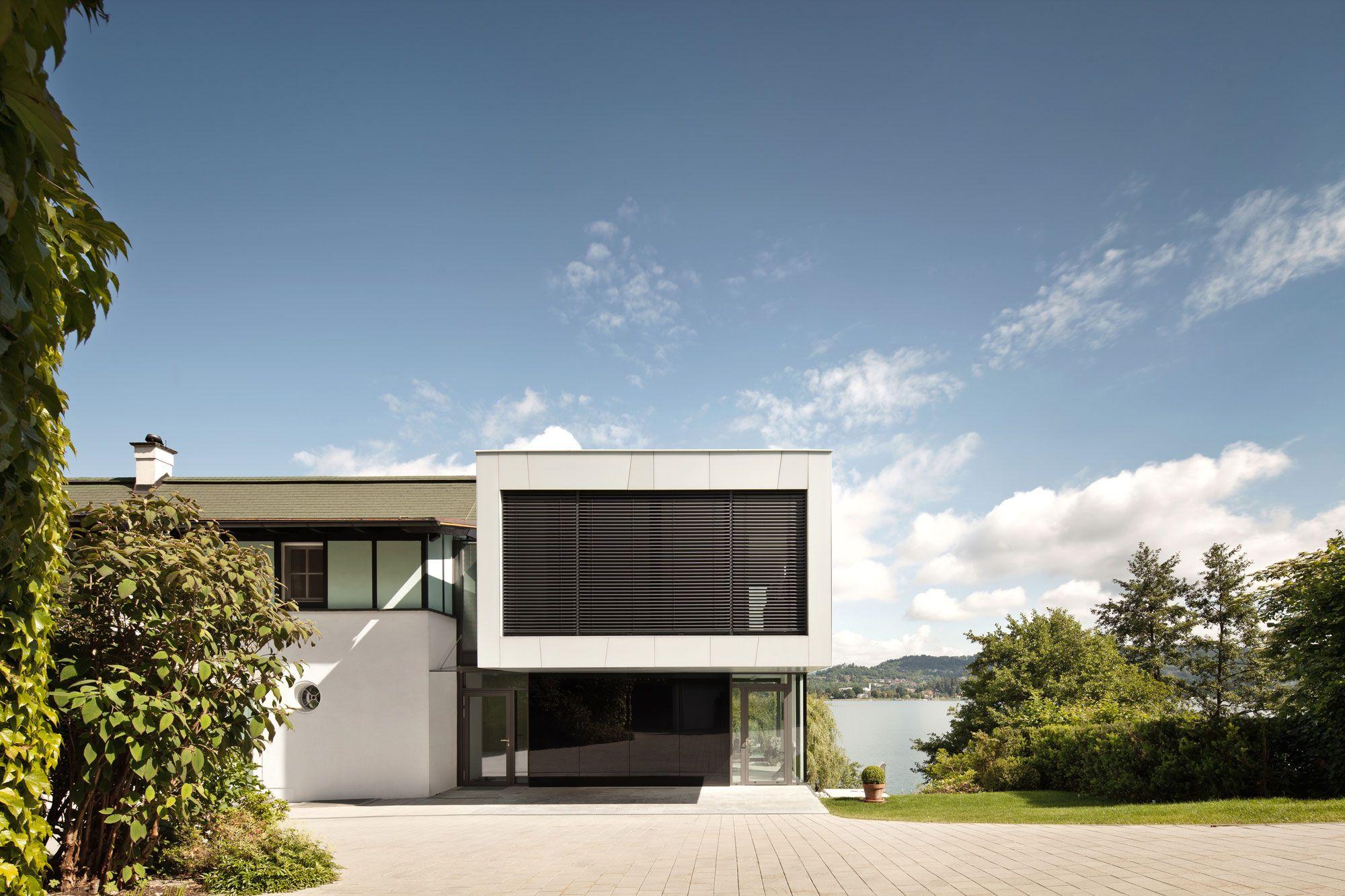 Lakeside-House-03