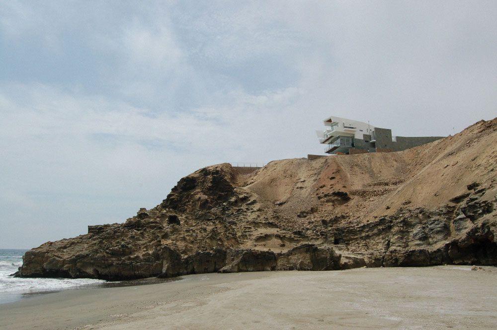 Lefevre-Beach-House-01