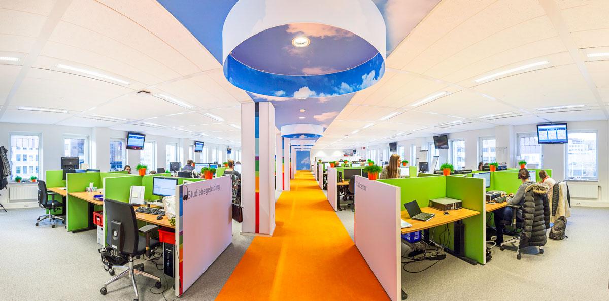 Liong Lie NTI 3rd floor callcenter 3