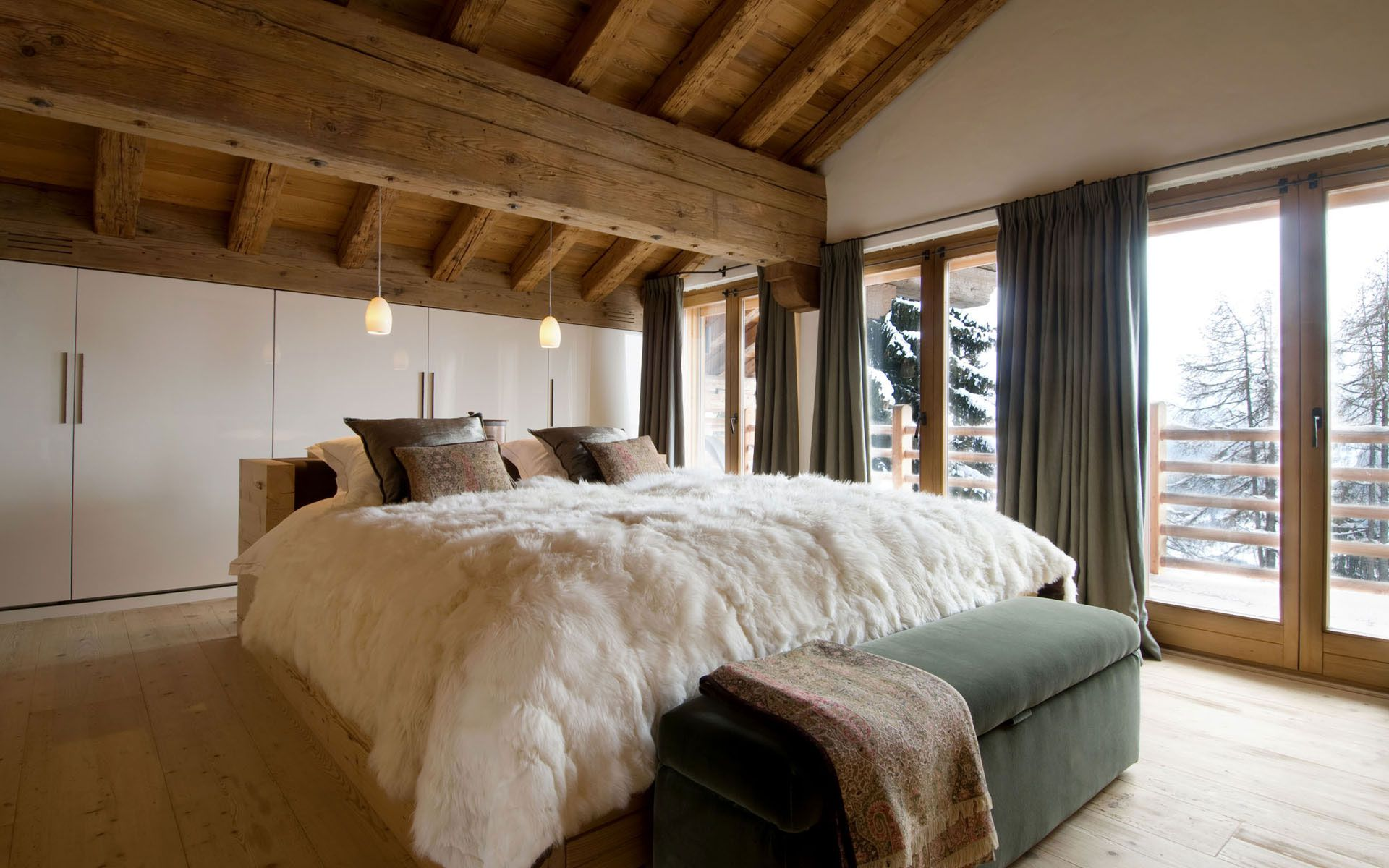 Luxury-Chalet-Dent-Blanche-in-Valais-13