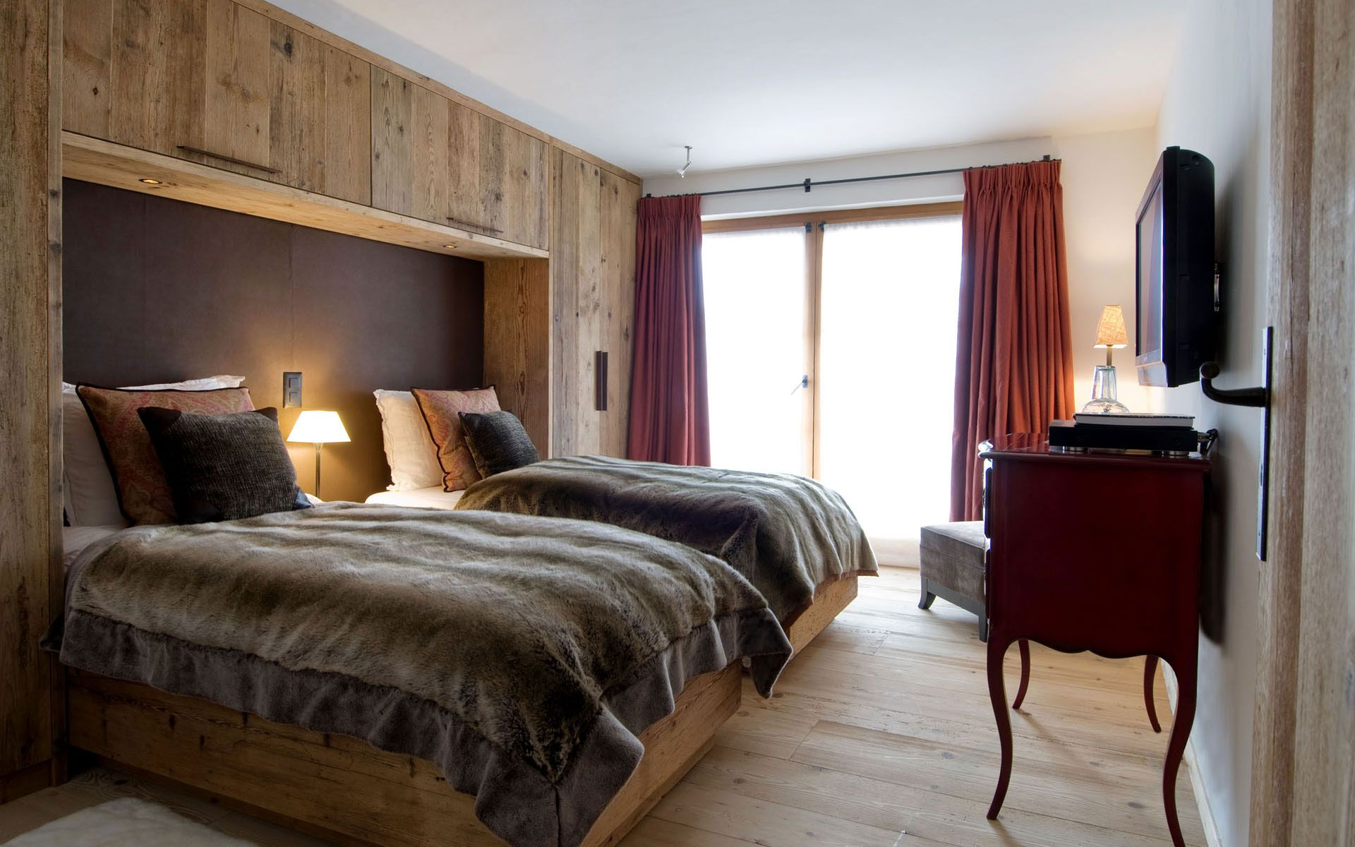 Luxury-Chalet-Dent-Blanche-in-Valais-17