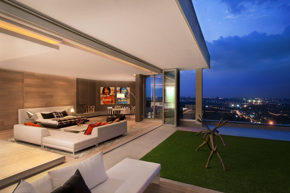 Luxury Sandhurst Towers Penthouse in Johannesburg by SAOTA and OKHA Interiors