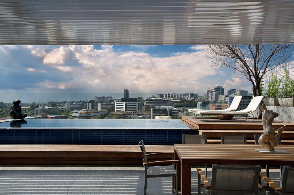 Luxury-Sandhurst-Towers-Penthouse-in-Johannesburg-05