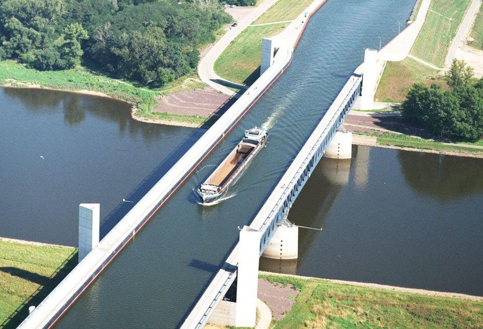 Magdeburg-Water-Bridge-02