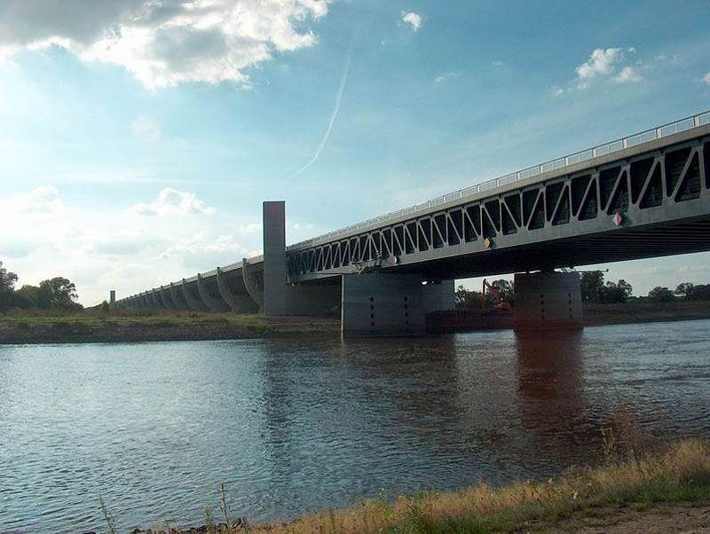 Magdeburg-Water-Bridge-06-1