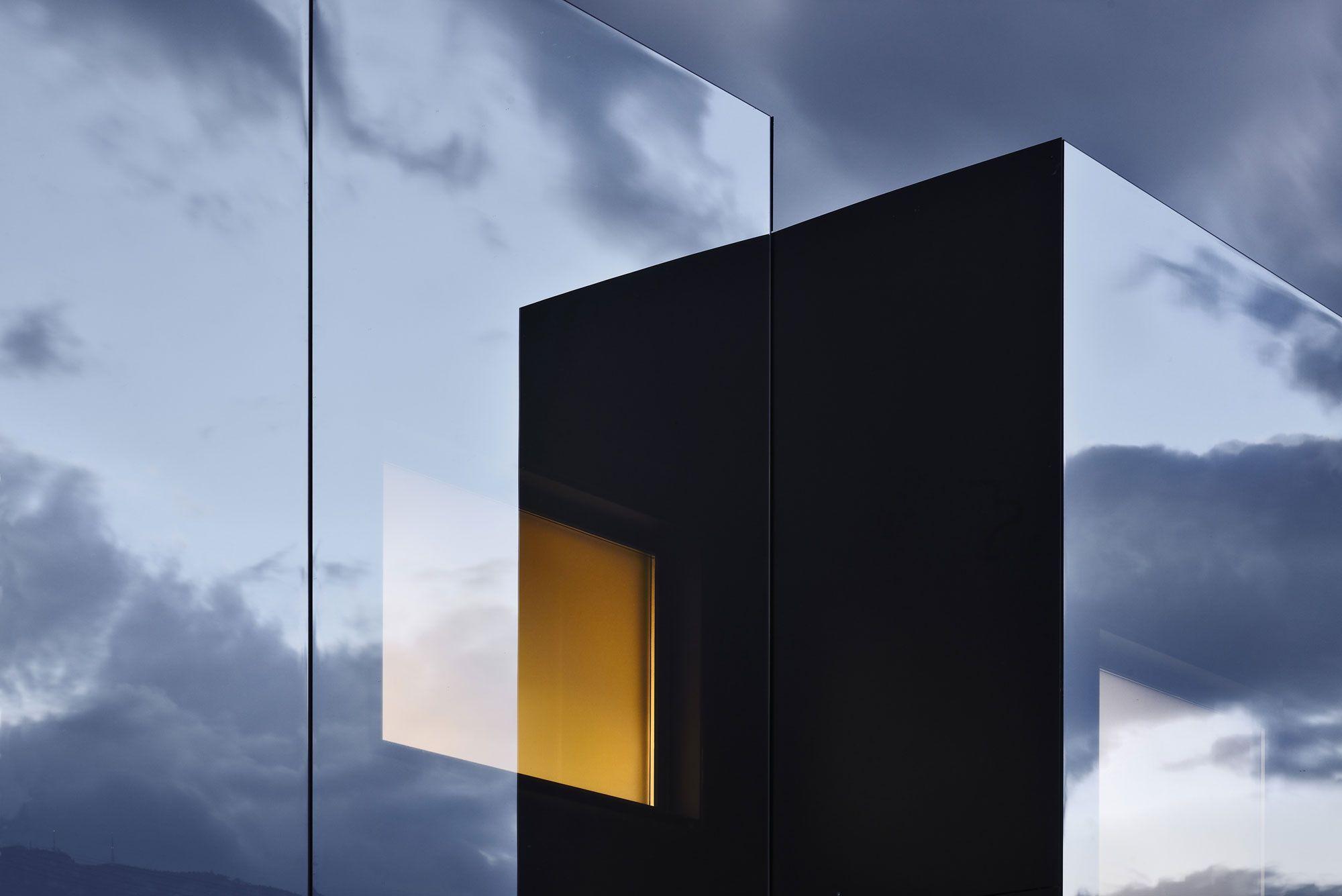 Mirror-Houses-24