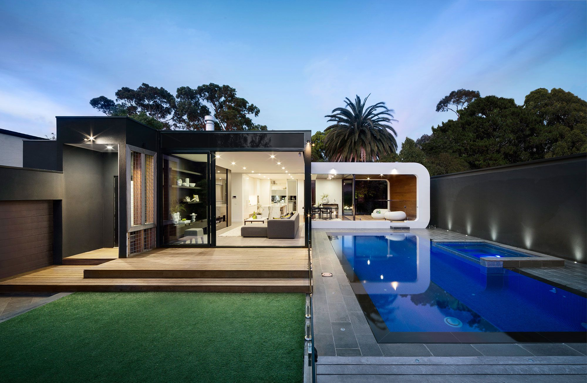 Modern curva house 15