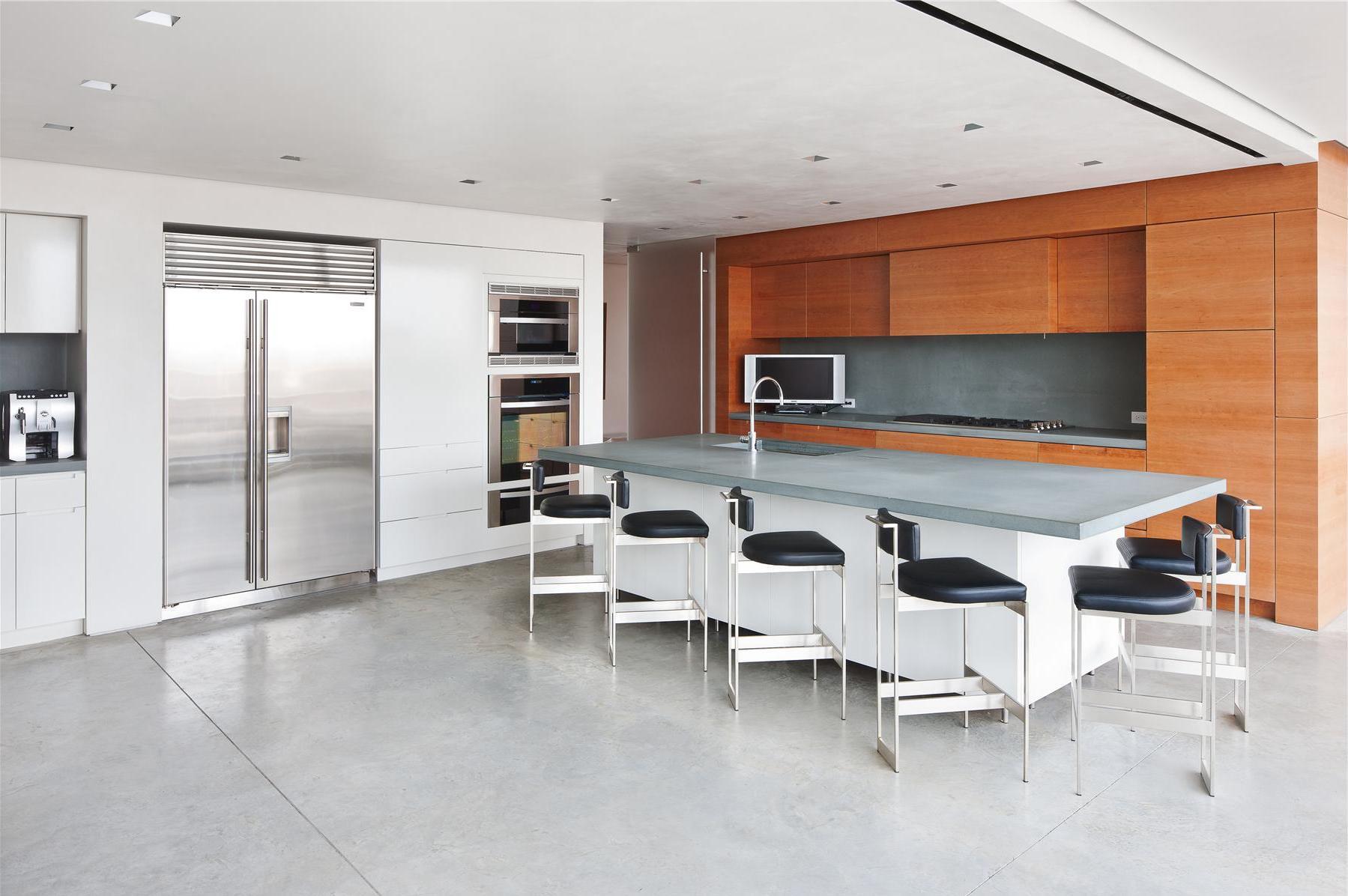 Modern-Full-Glass-Skyloft-Penthouse-06