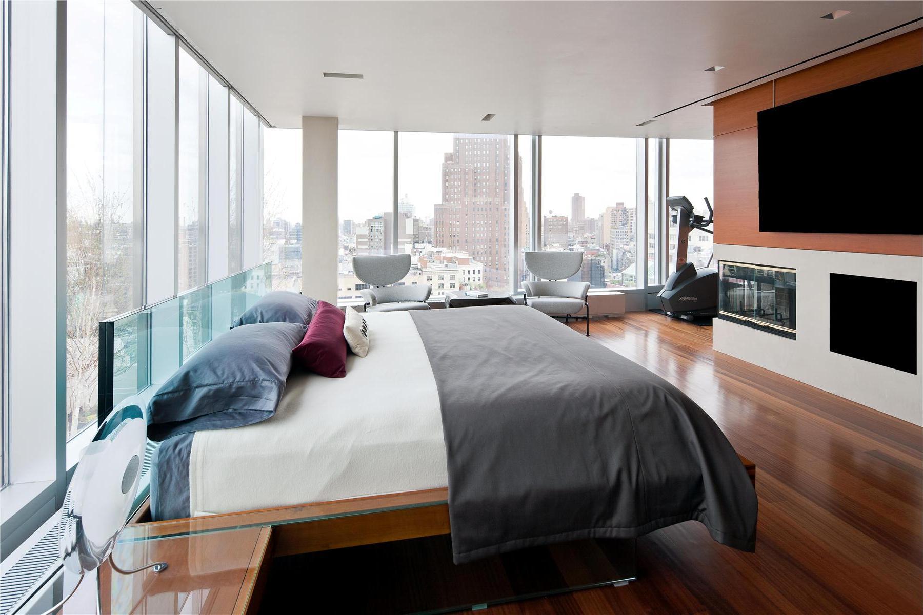 Modern-Full-Glass-Skyloft-Penthouse-12