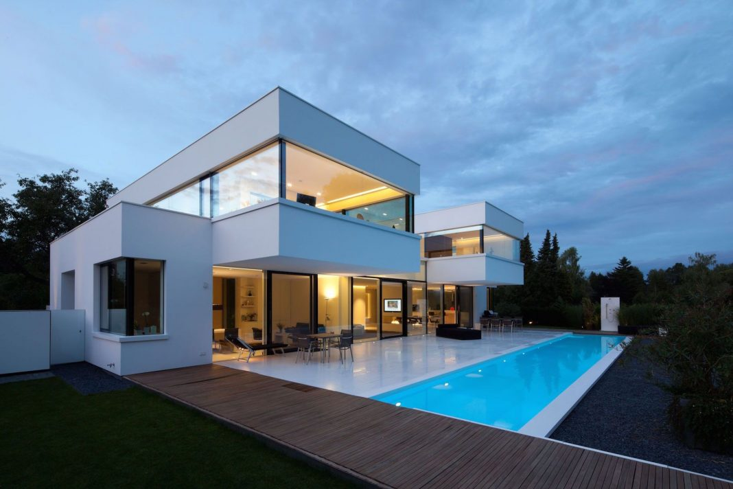 The Modern HI-MACS House by Karl Dreer and Bembé Dellinger Architects