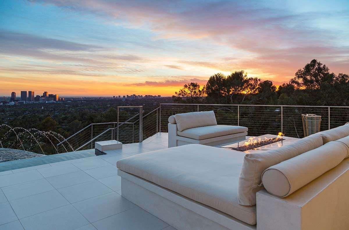 Modern-Home-on-Sunset-Strip-41
