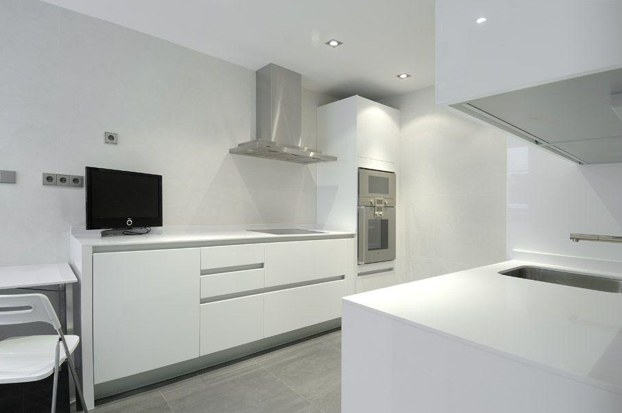 Modern-Serrano-Apartments-14