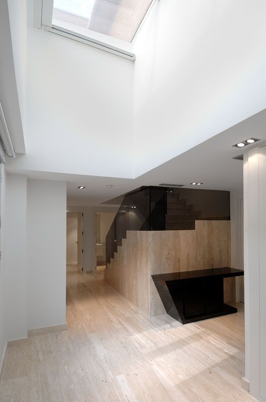 Modern-Serrano-Apartments-19