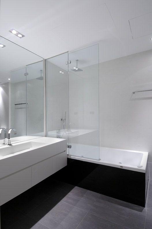 Modern-Serrano-Apartments-37