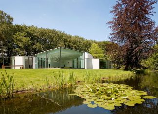 Modern Villa 4.0 by Dick van Gameren Architecten