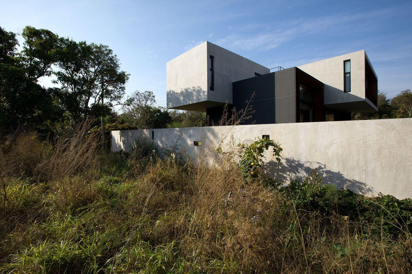 Modern-W-Residence-07