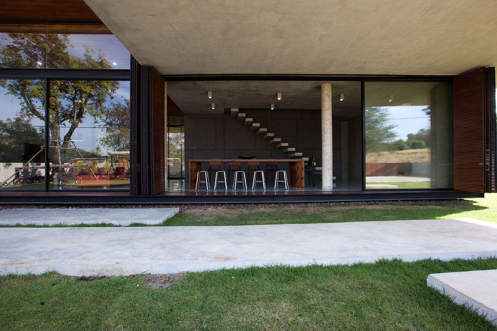 Modern-W-Residence-12