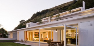 Mountain House by Agraz Arquitectos