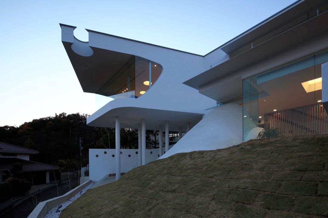 Mountains-and-Opening-House-06