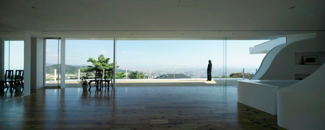Mountains-and-Opening-House-09
