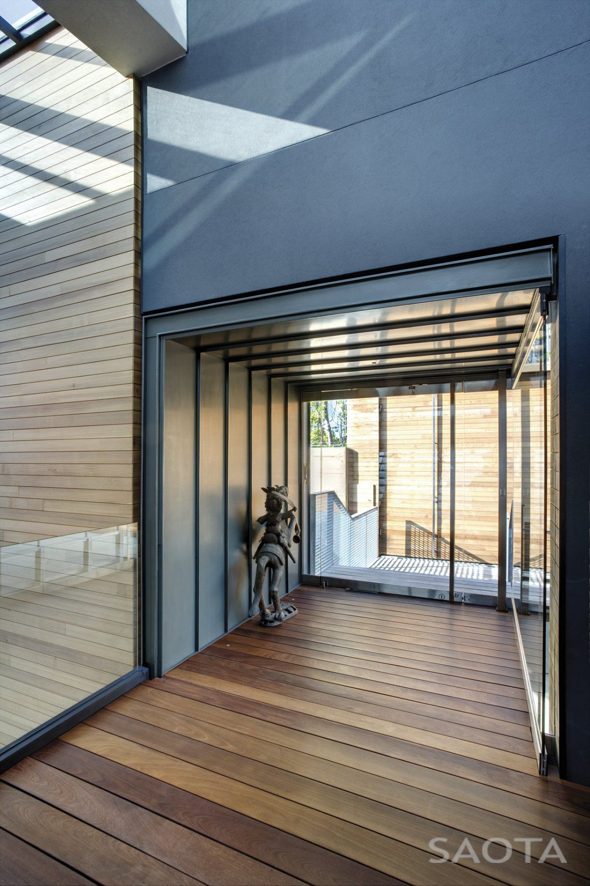 Nettleton-195-Luxury-Residence-05