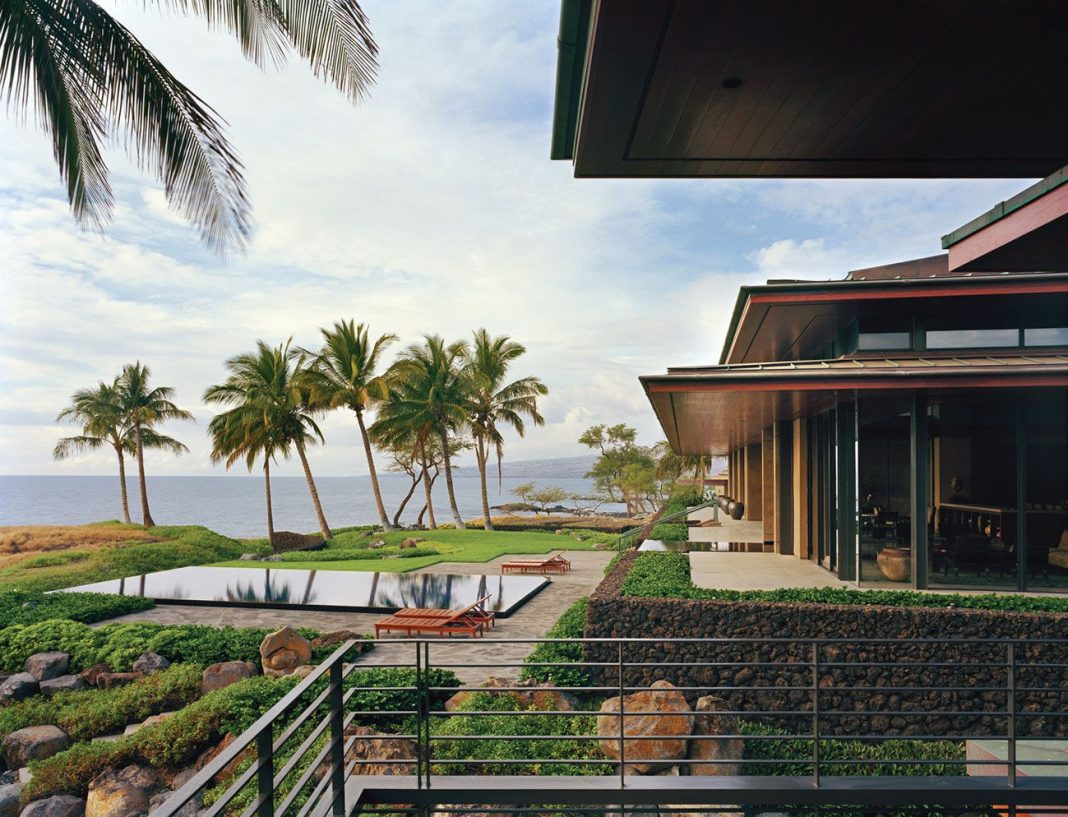 Ocean house in hawaii by olson kundig architects for Ocean home designs
