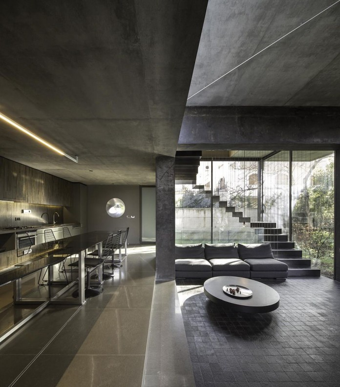 Residence in Kifissia by Tense Architecture Network