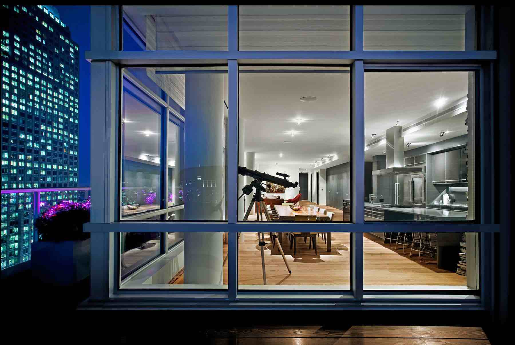Penthouse-Montreal-01-Andre-Doyon