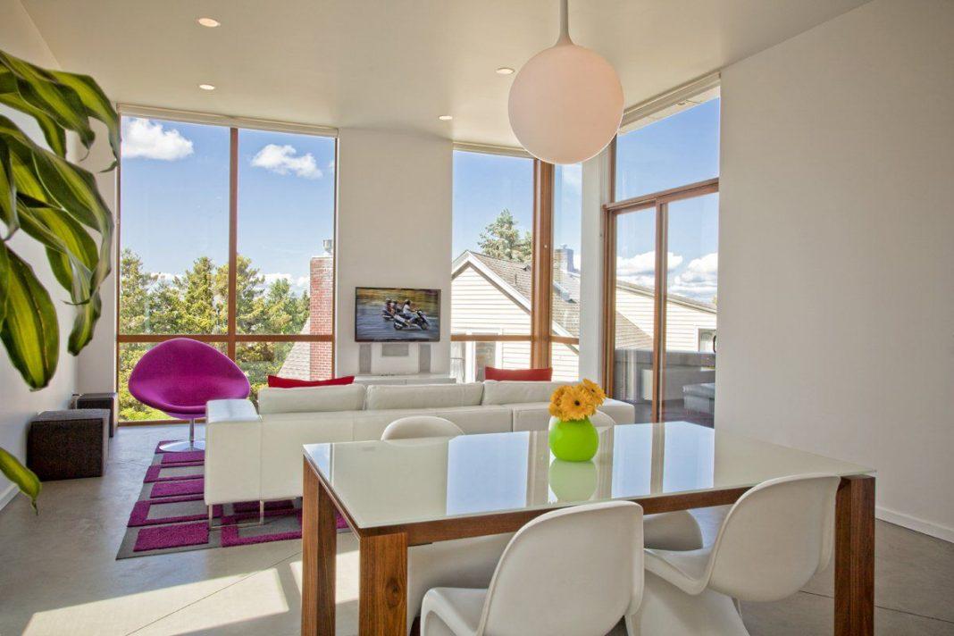 Phinney Modern house by Pb Elemental