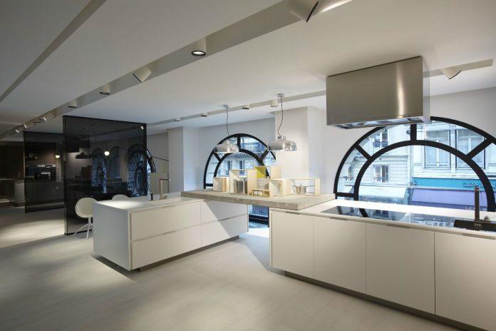 Poliform Showroom Paris by Bestetti Associati Studio