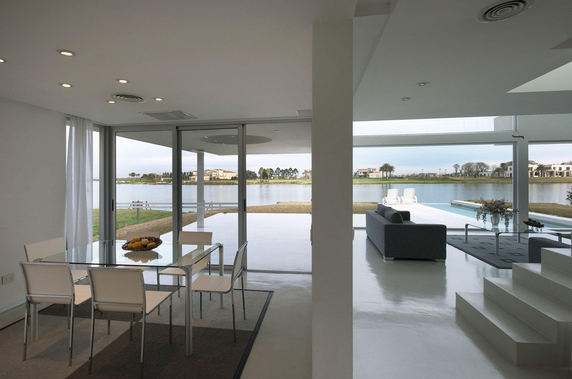 Pool House 23