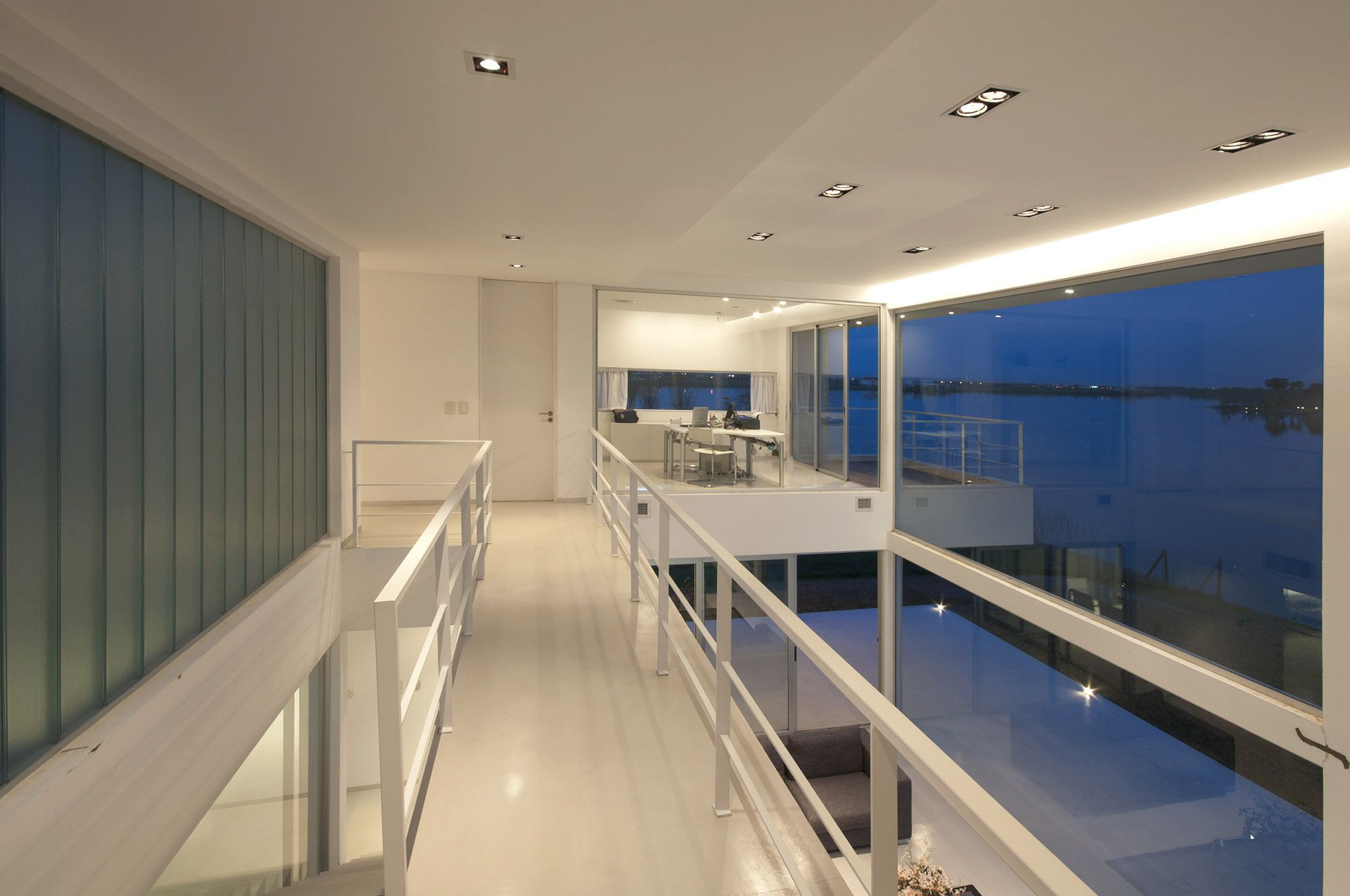 Pool House 71