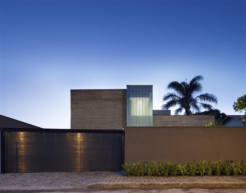 Residence-in-Belo-Horizonte-01