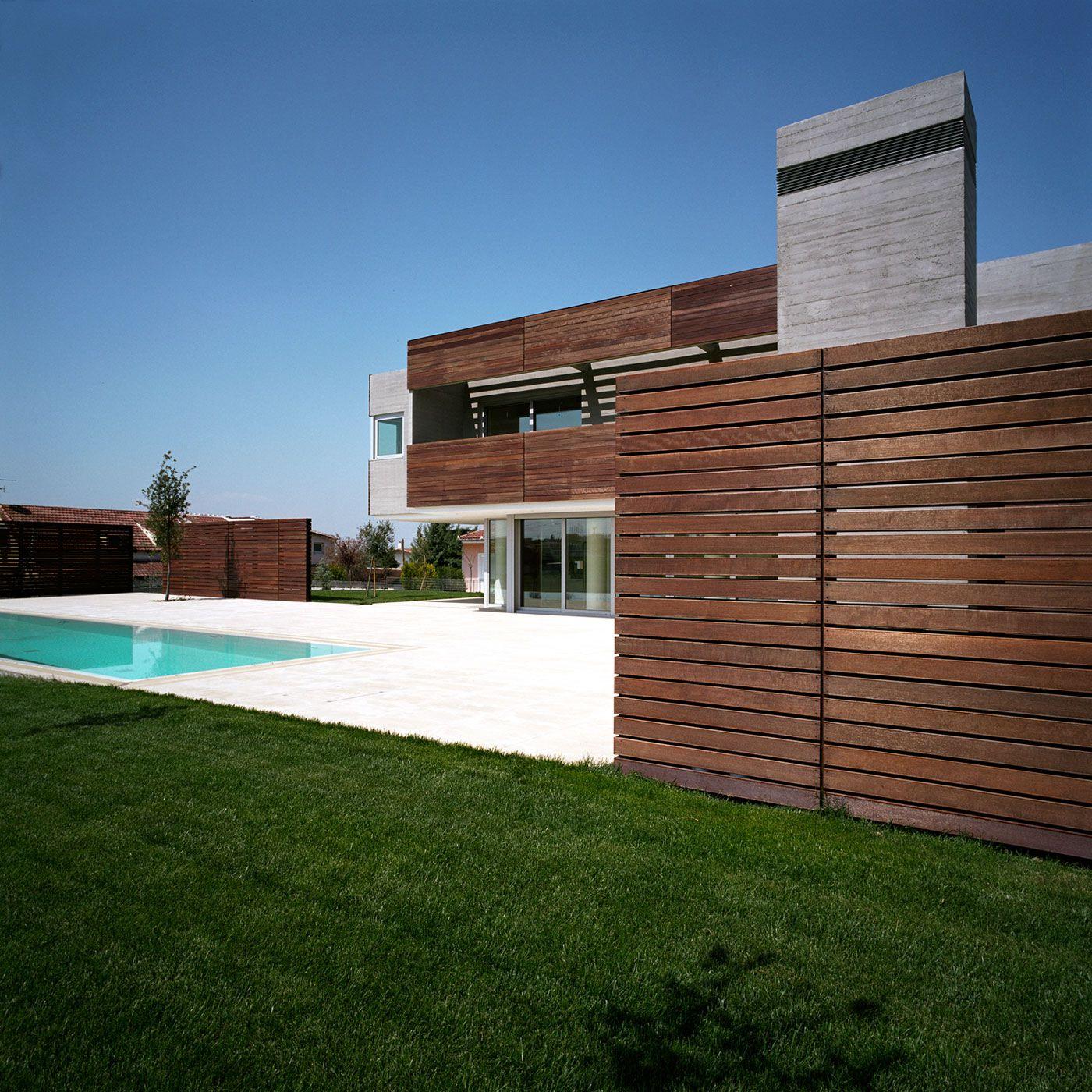 Residence-in-Larissa-03
