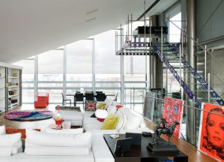 Contemporary Roger's Steel Glass Penthouse in London