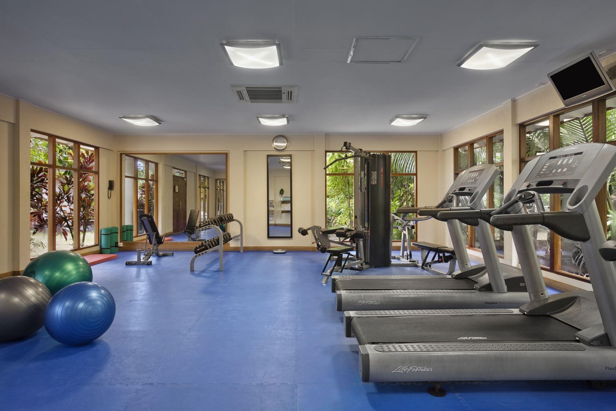 SEZLBHI_Fitness_Center1_HR