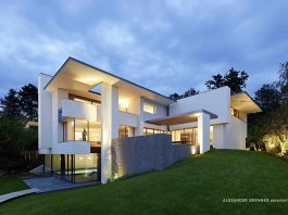 SU House Design by Alexander Brenner Architekten