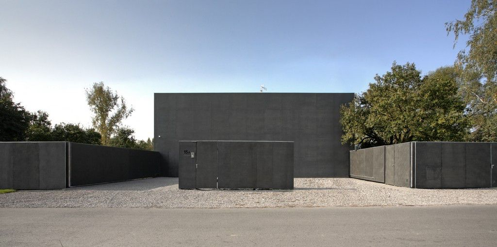 Safe-House-04