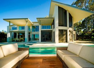 Waterfront Home in Sanctuary Cove